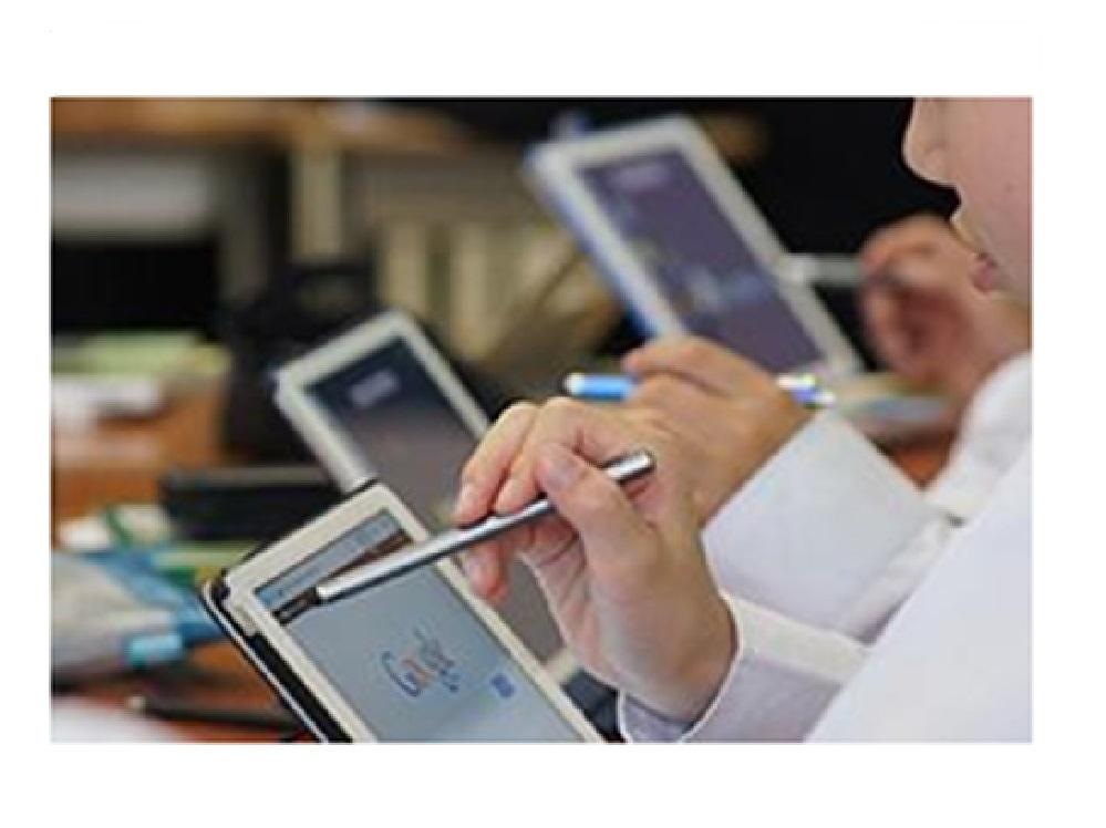 新入生全員にiPad500台を貸与。ICT教育への挑戦